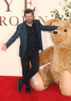 Andy Serkis - Londra - 20-09-2017 - Margot Robbie romantica per la prima di Addio Christopher Robin