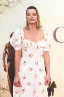 Margot Robbie - Londra - 20-09-2017 - Margot Robbie romantica per la prima di Addio Christopher Robin
