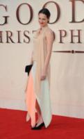 Phoebe Waller-Bridge - Londra - 20-09-2017 - Margot Robbie romantica per la prima di Addio Christopher Robin