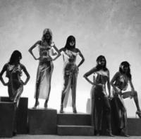 Claudia Schiffer, Carla Bruni, Helena Christensen, Naomi Campbell, Cindy Crawford - Milano - 23-09-2017 - Milano Fashion Week: Versace in passerella con le icone anni 90