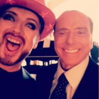 Silvio Berlusconi, Boy George - Milano - 24-09-2017 - Il selfie di Boy George con Berlusconi fa impazzire il web