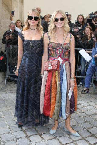 Valentina Ferragni, Chiara Ferragni - Parigi - 26-09-2017 - La famiglia Ferragni conquista Parigi alle sfilate di Dior