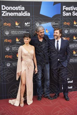 Fernando Leon de Aranoa, Javier Bardem, Penelope Cruz - San Sebastian - 30-09-2017 - San Sebastian Film Festival: la più bella è Penelope Cruz