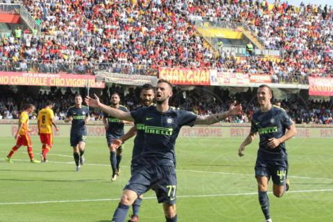 Marcelo Brozovic, Ivan Perisic - Sant'Agata De' Goti - 01-10-2017 - Benevento-Inter: super Brozovic lancia i nerazzurri