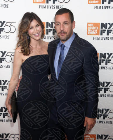 Jackie Sandler, Adam Sandler - New York - 01-10-2017 - The Meyerowitz Stories, Dustin Hoffman s'improvvisa fotografo