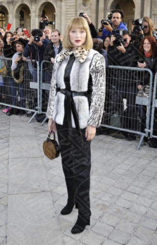 Lea Seydoux - Parigi - 03-10-2017 - Parigi come Hollywood, sfilata di attori al Louis Vuitton Show