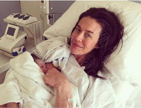 Rosie May Dee Thomas, Megan Gale - Milano - 05-10-2017 - Megan Gale & C, quelle che allattano sui social