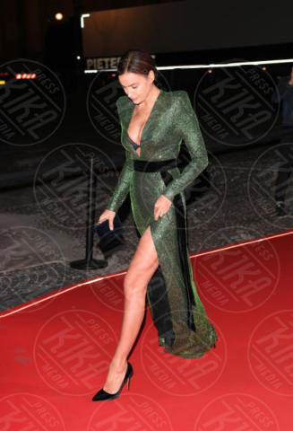 Irina Shayk - Verona - 10-02-2015 - Chi lo indossa meglio? Irina Shayk e Bella Hadid