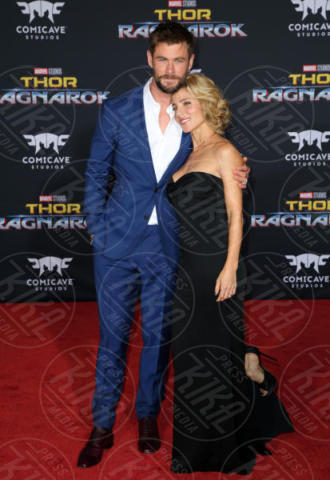 Chris Hemsworth, Elsa Pataky - Los Angeles - 11-10-2017 - Chris Hemsworth, per Thor: Ragnarok il red carpet è in coppia!