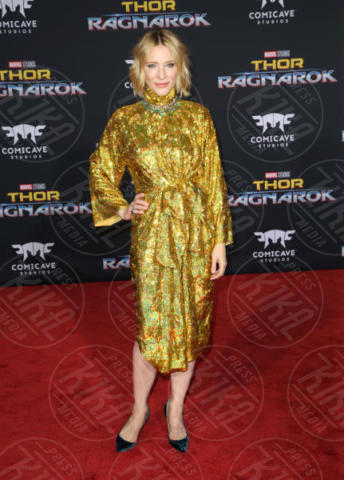 Cate Blanchett - Los Angeles - 11-10-2017 - Chris Hemsworth, per Thor: Ragnarok il red carpet è in coppia!