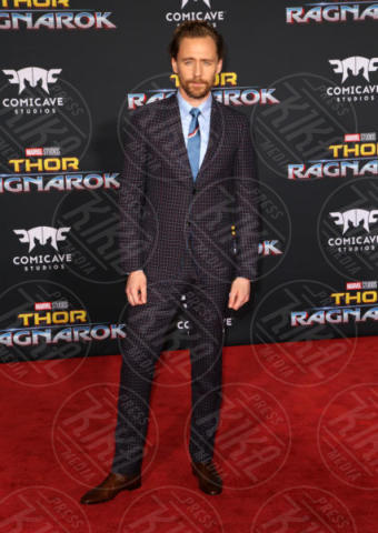 Tom Hiddleston - Los Angeles - 11-10-2017 - Chris Hemsworth, per Thor: Ragnarok il red carpet è in coppia!