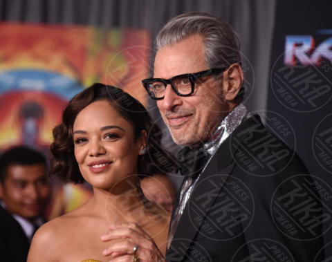 Tessa Thompson, Jeff Goldblum - Hollywood - 10-10-2017 - Chris Hemsworth, per Thor: Ragnarok il red carpet è in coppia!