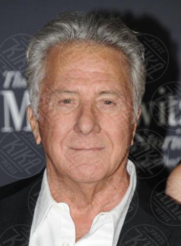 Dustin Hoffman - Hollywood - 11-10-2017 - Adam Sandler, tranquillo: alla cravatta ci pensa Dustin Hoffman!