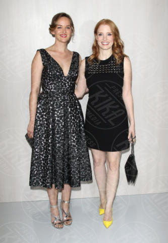 Jessica Chastain, Jess Weixler - Westwood - 14-10-2017 - Sarah Jessica Parker & Co.: quante star per Ava DuVernay