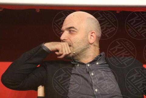 Roberto Saviano - Napoli - 16-10-2017 - Roberto Saviano presenta Un Bacio Feroce con Saverio Tommasi
