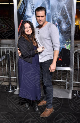 Holly Marie Combs - Los Angeles - 16-10-2017 - Gerard Butler e Abbie Cornish scatenano una tempesta a Hollywood