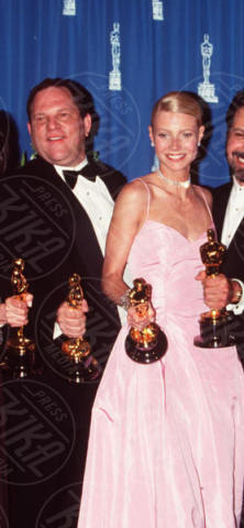 Gwyneth Paltrow, Harvey Weinstein - Hollywood - 21-03-1999 - Quella volta che Brad Pitt salvò Gwyneth Paltrow da Weinstein