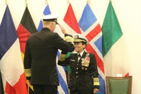 Michelle J. Howard, James G.Foggo III - Giugliano in Campania - 20-10-2017 - Comando Interforze di Napoli: cambio della guardia
