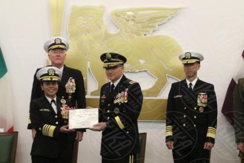 John. M.Richardson, Michelle J. Howard, James G.Foggo III - Giugliano in Campania - 20-10-2017 - Comando Interforze di Napoli: cambio della guardia