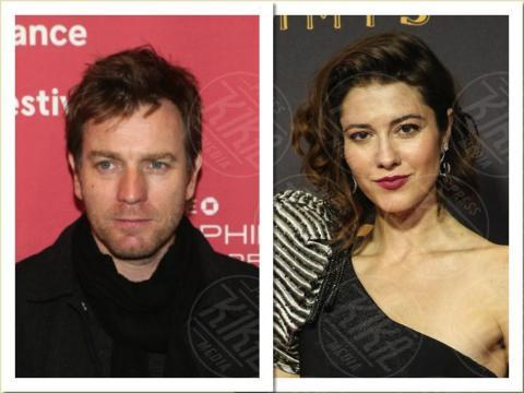 Mary Elizabeth Winstead, Ewan McGregor - 13-11-2017 - Anche il set di Stranger Things è galeotto!