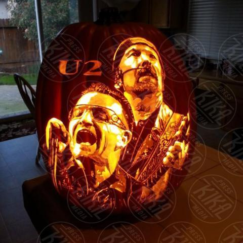 Alex Wer, U2 - 20-10-2017 - Alex Wer, il mago delle zucche intagliate di Halloween!