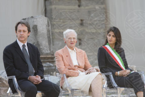 Luca Bergamo, Virginia Raggi, Regina Margherita di Danimarca - Roma - 26-10-2017 - Margherita II di Danimarca a Roma, una Regina al Foro di Cesare