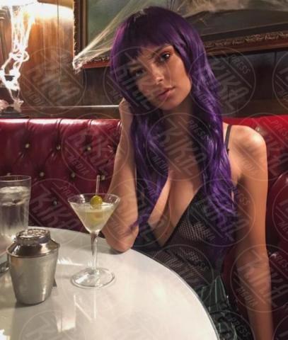 Emily Ratajkowski - Hollywood - 31-10-2017 - Sognate un invito a casa della Ratajkowski? Entrate con noi