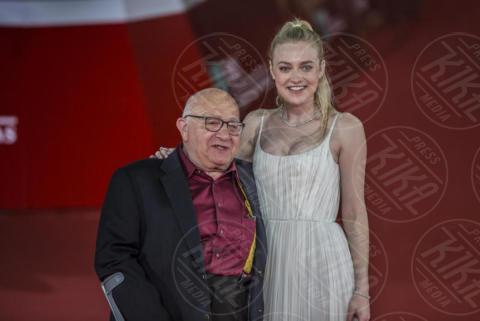 Ben Lewin, Dakota Fanning - Roma - 31-10-2017 - Festa di Roma: Dakota Fanning in bianco sul red carpet