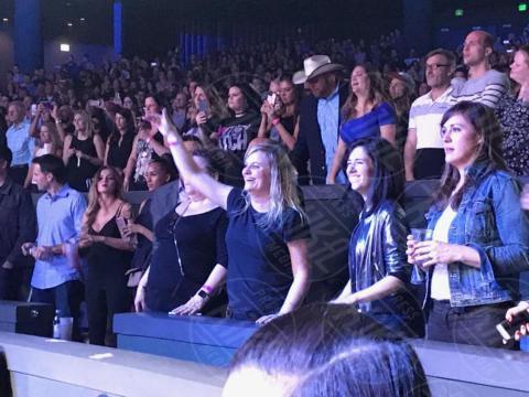 Pubblico - Las Vegas - 02-11-2017 - Britney Spears fuori di seno, il wardrobe malfunction è servito!