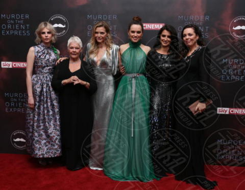 cast femminile Assassinio sull'Orient Express - Londra - 02-11-2017 - Michelle Pfeiffer-Penelope Cruz, cosa chiedere di più?