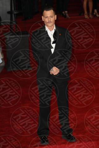 Johnny Depp - Londra - 02-11-2017 - Michelle Pfeiffer-Penelope Cruz, cosa chiedere di più?