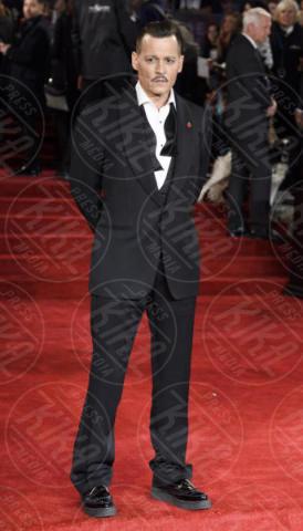 Jonny Depp, Johnny Depp - Londra - 02-11-2017 - Johnny Depp era completamente ubriaco sul red carpet