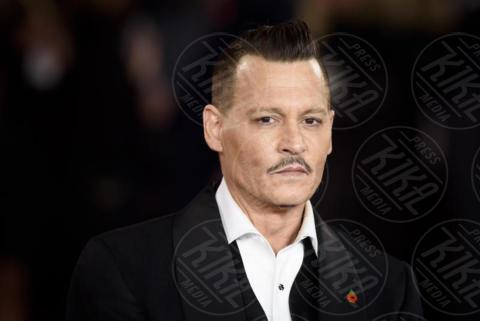 Jonny Depp - Londra - 02-11-2017 - Michelle Pfeiffer-Penelope Cruz, cosa chiedere di più?