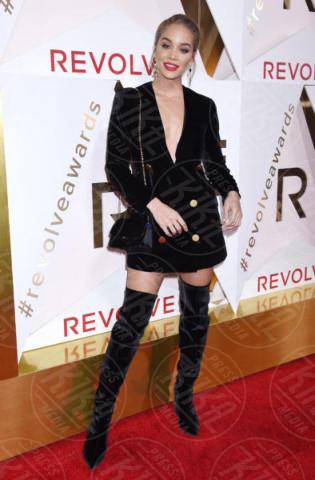 Jasmine Sanders - Hollywood - 02-11-2017 - Blake Lively: pantaloni? No grazie, sotto la giacca... niente!