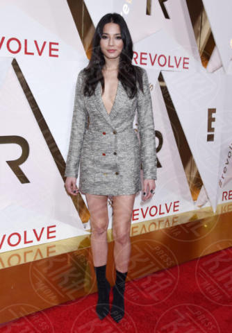 Jessica Gomes - Hollywood - 02-11-2017 - Blake Lively: pantaloni? No grazie, sotto la giacca... niente!