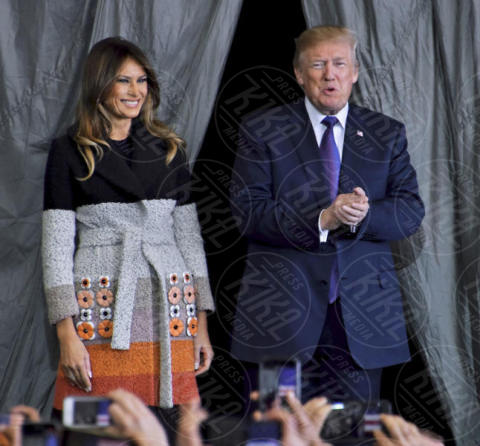 Melania Trump, Donald Trump - Fussa - 05-11-2017 - Tom Cruise in Top Gun? No, è Donald Trump!