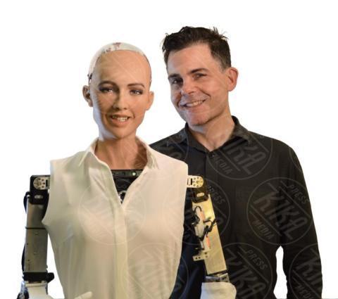 David Hanson, Sophia - Arabia Saudita - 05-11-2017 - Sophia, il primo robot al mondo con il diritto di cittadinanza