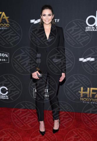 Elizabeth Olsen - Beverly Hills - 05-11-2017 - Angelina Jolie raggiante e bellissima agli Hollywood Film Awards