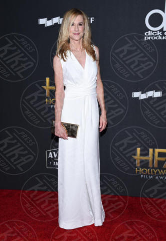 Holly Hunter - Beverly Hills - 05-11-2017 - Angelina Jolie raggiante e bellissima agli Hollywood Film Awards