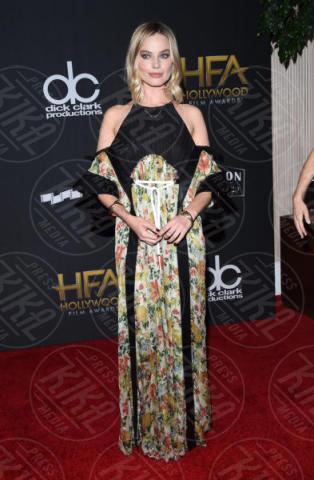Margot Robbie - Beverly Hills - 05-11-2017 - Angelina Jolie raggiante e bellissima agli Hollywood Film Awards