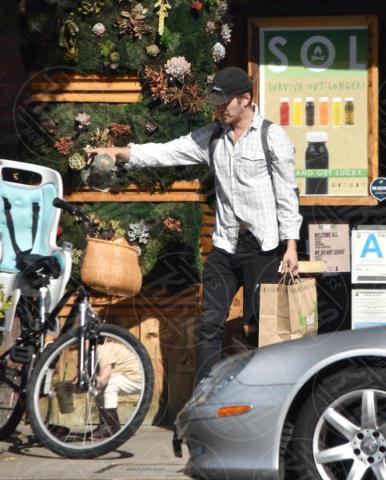 Hayden Christensen - Brentwood - 06-11-2017 - Hayden Christensen, un mammo (ciclista) coi fiocchi