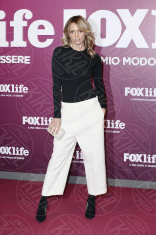 Justine Mattera - Milano - 07-11-2017 - Martina Colombari ci dà un taglio alla Foxlife Night Out