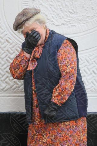 Michele Dotrice - Londra - 07-11-2017 - A Very English Scandal: Ben Whishaw, che fatica con quell'alano!