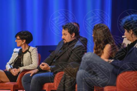 Flora Canto, Marisa Laurito, Enrico Brignano - Roma - 08-11-2017 - Maurizio Costanzo Show: Ventura-Bettarini, di nuovo famiglia