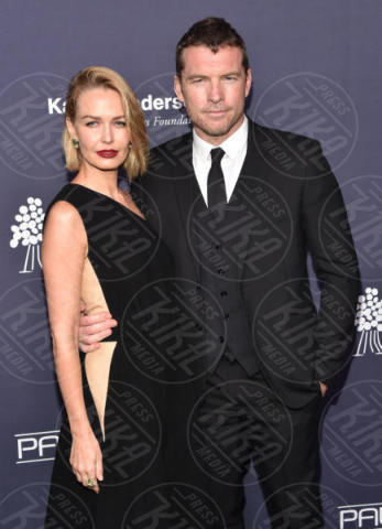 Sam Worthington, Lara Bingle - Culver City - 11-11-2017 - Jessica Alba non sta più nel pancione