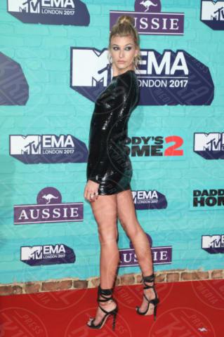 Hailey Baldwin - Londra - 12-11-2017 - MTV EMA 2017: è il trionfo di Shawn Mendes