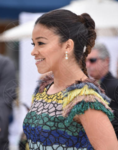 Gina Rodriguez - Westwood - 12-11-2017 - Senza Mariah Carey la vera Star è Brandon... di Beverly Hills