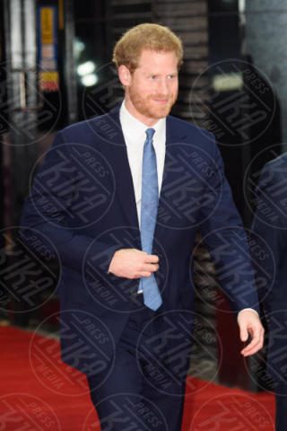 Prince Harry - Londra - 13-11-2017 - Principe Harry, dov'è finita Meghan Markle?
