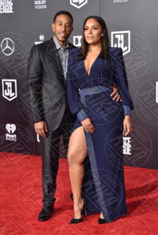 Eudoxie Mbouguiengue, Ludacris - Hollywood - 13-11-2017 - Amber Heard in Versace è il trionfo del vedo non vedo