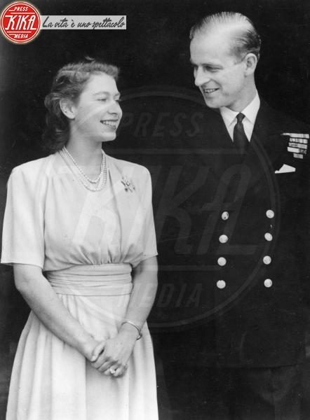 Regina Elisabetta II, Principe Filippo Duca di Edimburgo - Londra - 10-07-1947 - Da Elisabetta II a Meghan: gli anelli più preziosi del reame